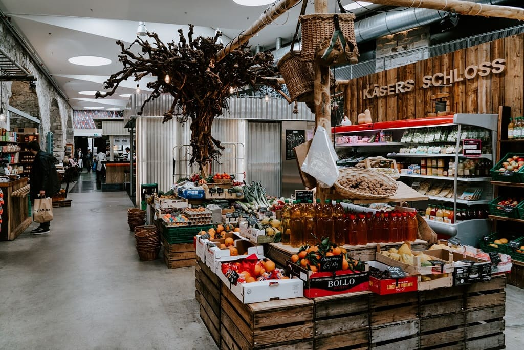 GALGUS - Supermarkets and Shopping Centres